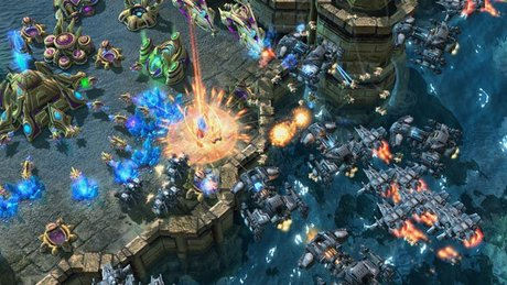 StarCraft II: Heart of the Swarm - Starcie Tytan�w [1/2]